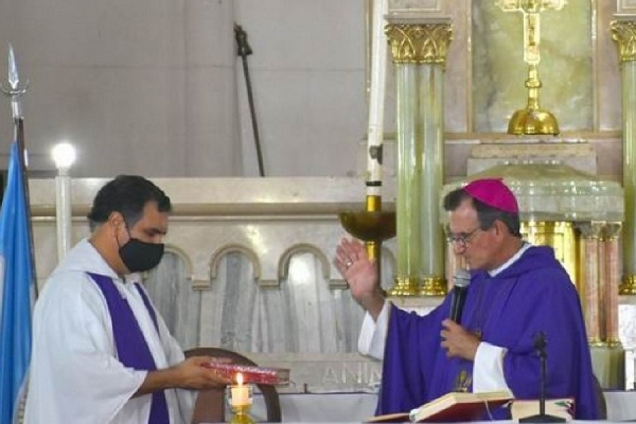 El padre Néstor Belmont es el nuevo párroco de San Juan Bosco