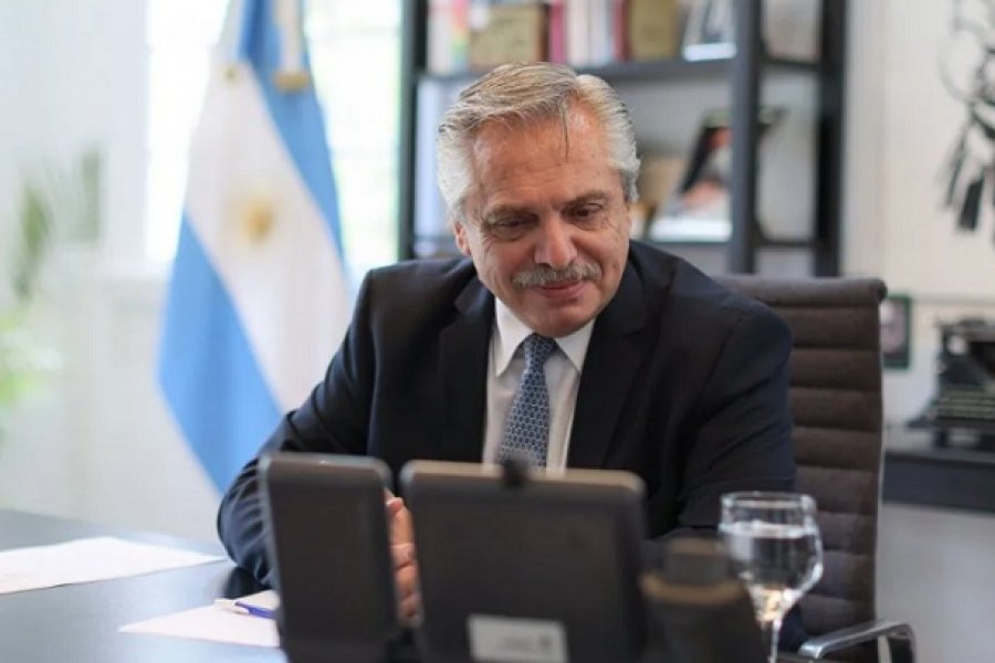 Alberto Fernández celebró el regreso del fútbol gratuito a la TV Pública