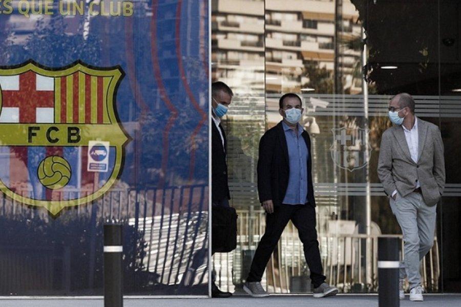Detuvieron al expresidente del Barcelona por denuncias de corrupción