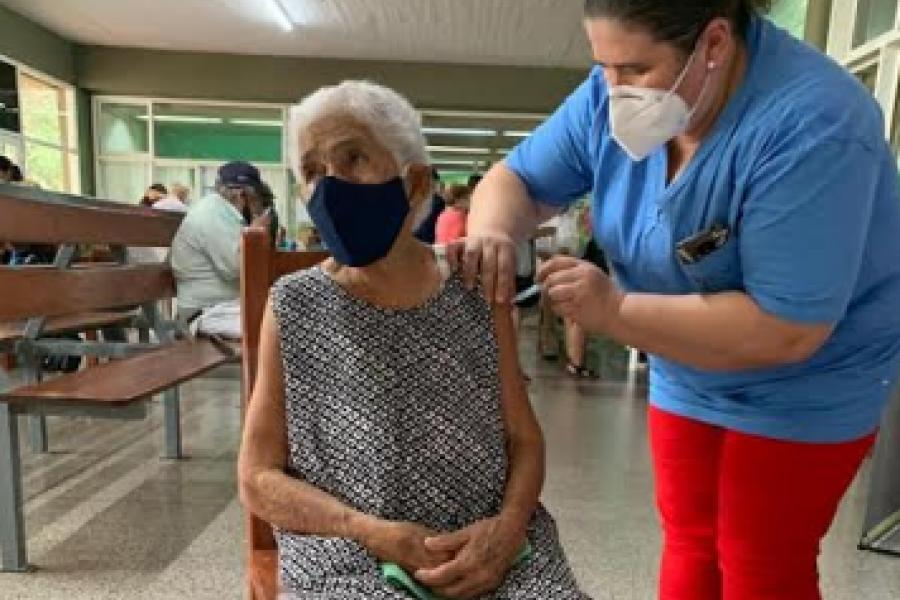 Goya: En plena vacunación a mayores de 65 piden lista de beneficiarios