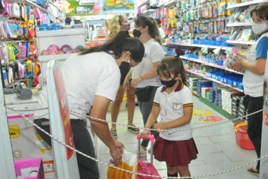 Útiles escolares: Comercios vendieron el 50% menos respecto al 2020
