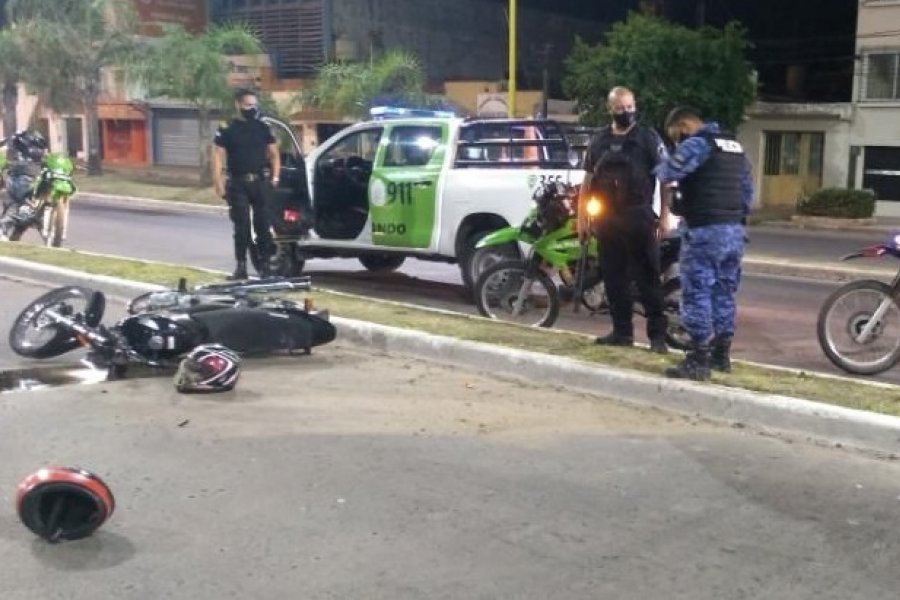 Persecución en zona céntrica: Intentaron escapar y agredieron a policías