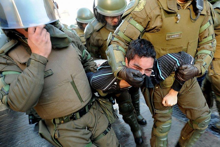 Chile: más de 60 detenidos en una nueva noche de protestas contra Piñera