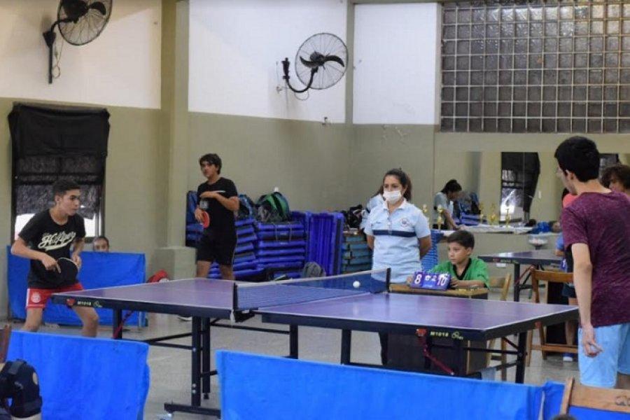 Gran jornada evaluativa para la escuela de tenis de mesa