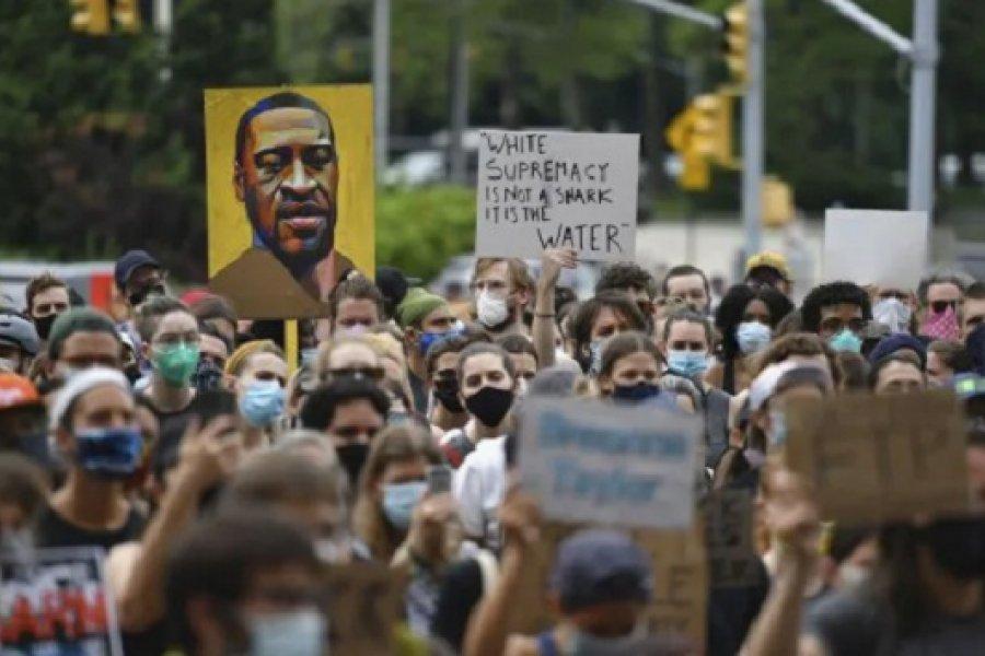 Comienza el juicio por el asesinato de tinte racista de George Floyd a manos de la policía