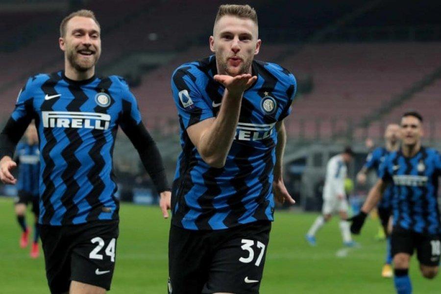 Inter le ganó al Atalanta y es más puntero que nunca