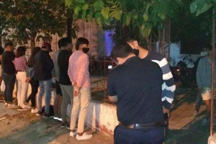 Desactivan fiesta clandestina con más de 100 personas