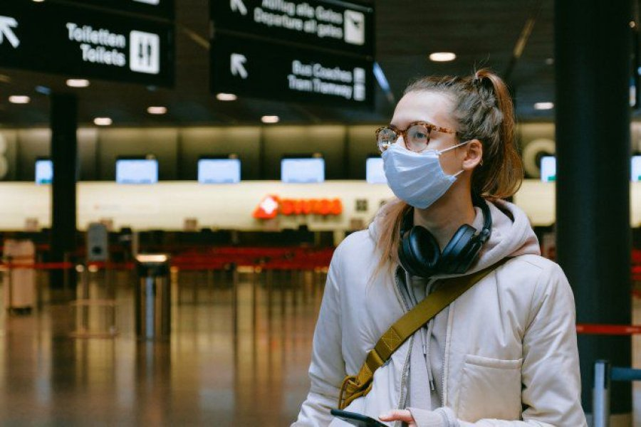 Recomiendan evitar viajes al exterior por la aparición de nuevas cepas