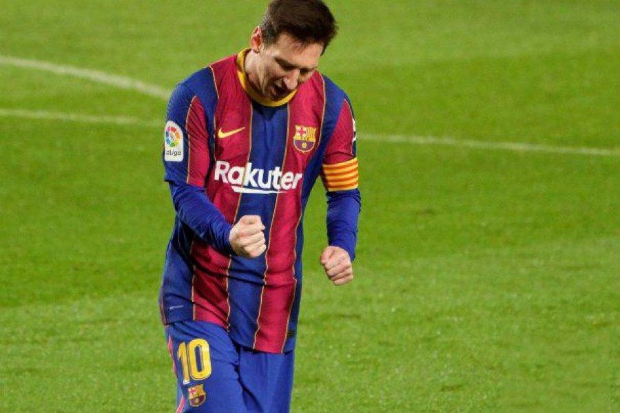 Otro récord de Messi, con golazo y triunfo de Barcelona