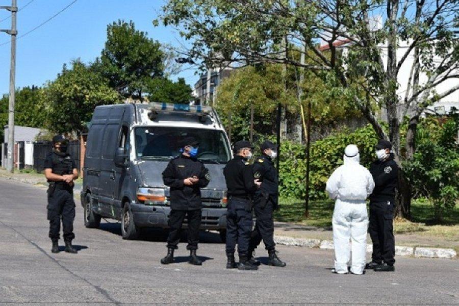Policías contagiados: Envían a grupos especiales por el brote en Ituzaingó