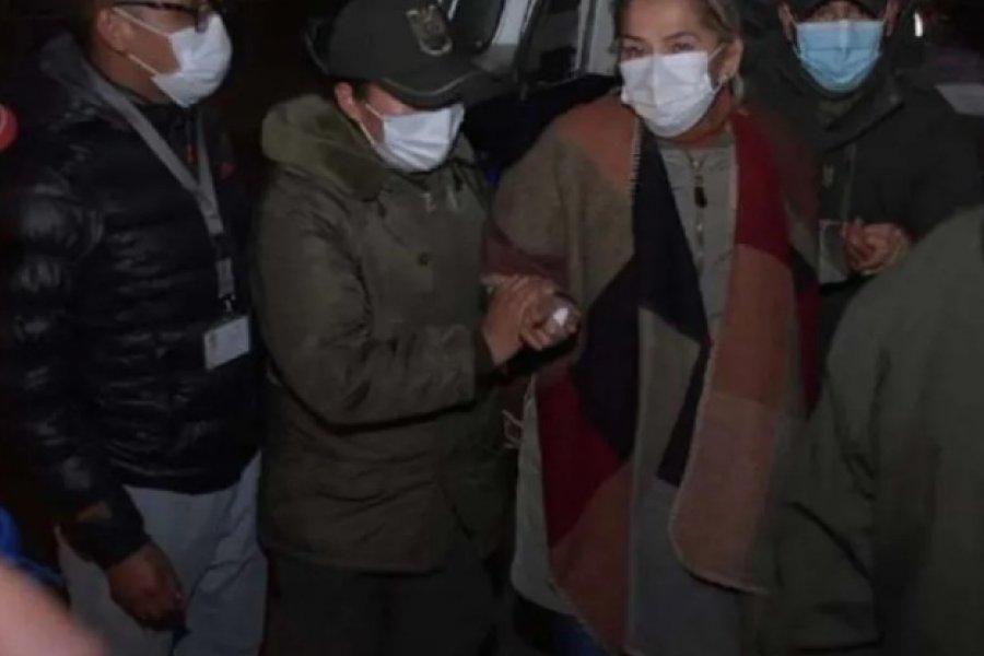 Trasladaron a la ex presidenta de facto boliviana a otra cárcel en medio de su huelga de hambre