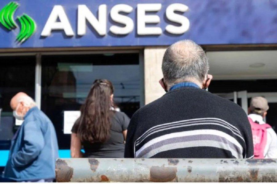 Cronograma de pagos de ANSES para este jueves 15
