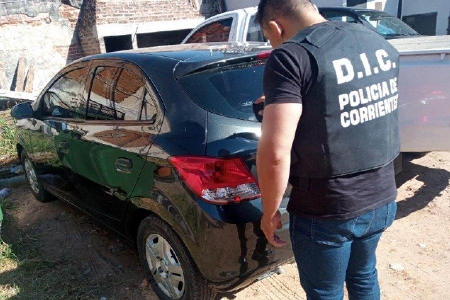 Secuestro de combi adulterada y auto ligado a una estafa