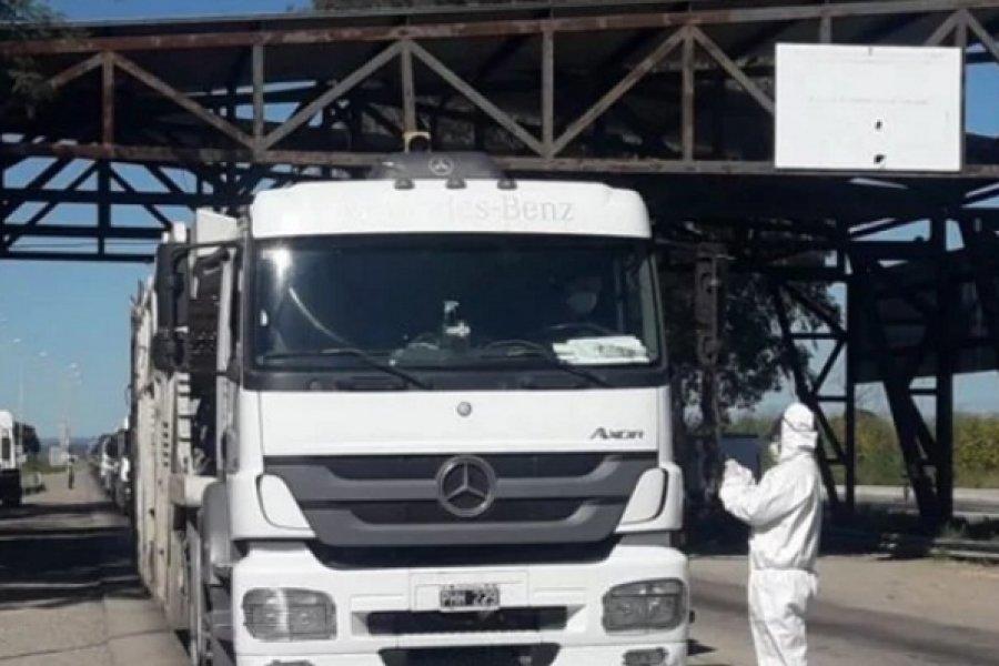 Insisten en la necesidad de inmunizar a los camioneros que van y vienen a Brasil