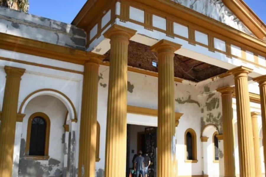 Recuperaron los adoquines robados del cementerio San Juan Bautista