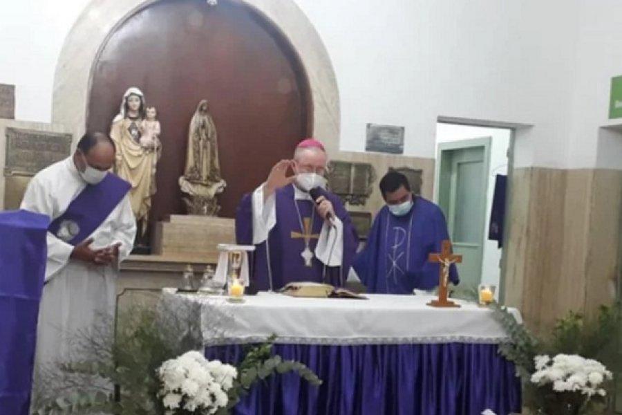 Monseñor Stanovnik ofició una misa en el Hospital de Campaña