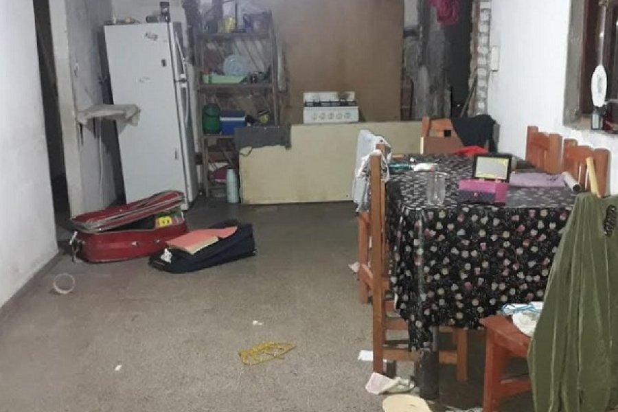 La Policía sorprendió a dos sujetos robando en una vivienda