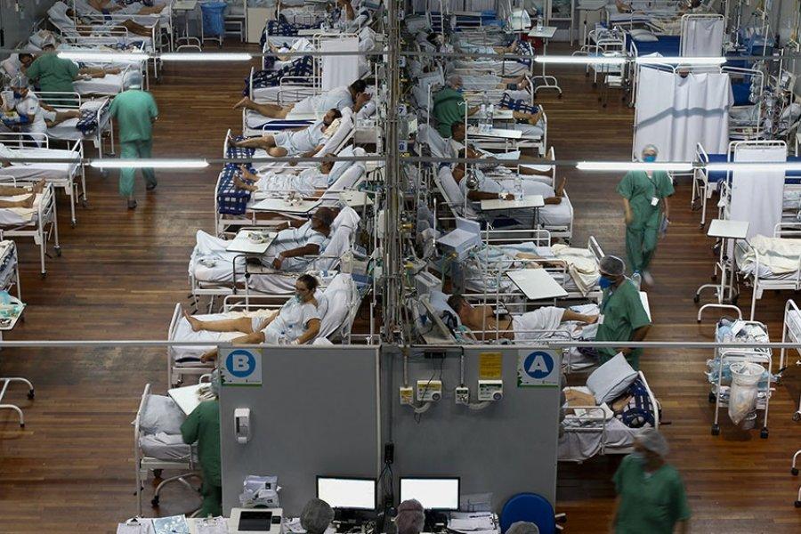 Colapso sanitario en Brasil: 6.500 personas esperan camas