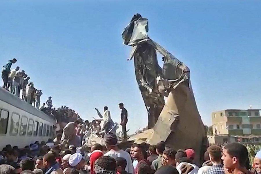 Un accidente ferroviario en Egipto dejó 19 muertos y 185 heridos