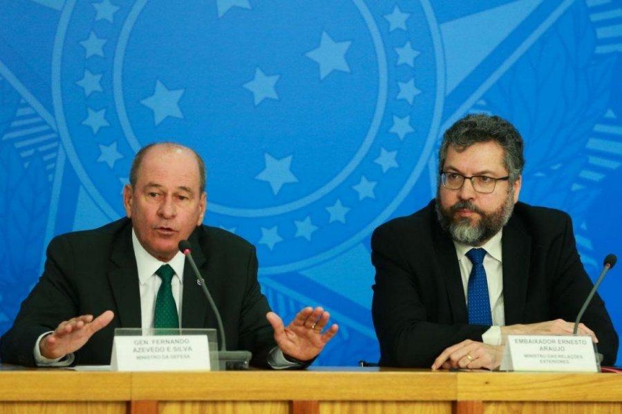 Crisis política en Brasil, dos ministros renuncian el mismo día