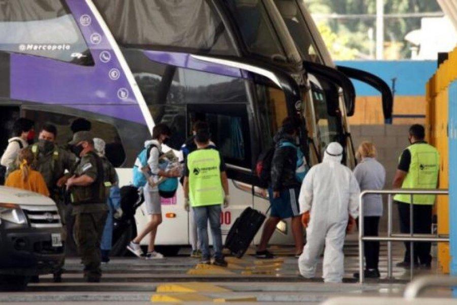 Estudiantes chaqueños regresaron con casos de COVID desde Córdoba donde circula la nueva cepa