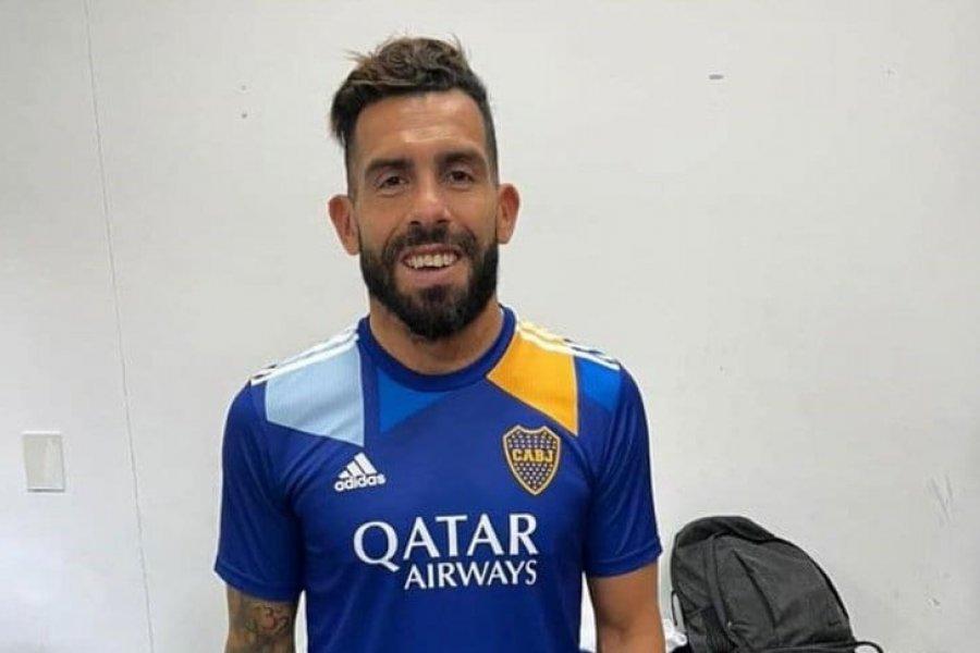 La reacción de Tevez al ver la nueva camiseta de Boca y sus detalles