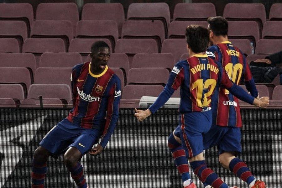 Barcelona venció a Valladolid de manera agónica y se pone a tiro de la punta