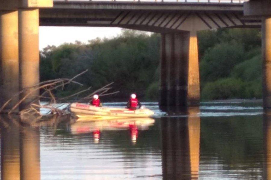Dos hermanitos fueron a pescar y el mayor murió ahogado
