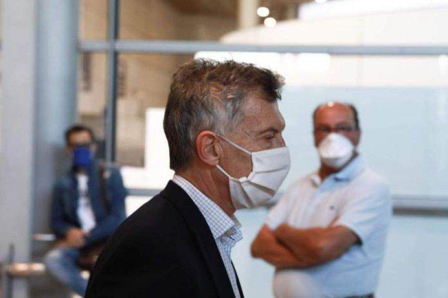 Macri debe aislarse por un contacto estrecho con un dirigente de JxC con coronavirus