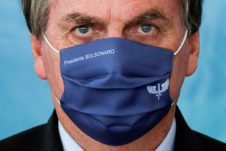 Investigadores le insisten a Bolsonaro con la necesidad de una cuarentena pero la rechaza