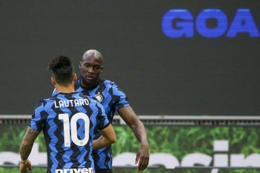 Con gol de Lautaro Martínez, Inter derrotó a Sassuolo y se aleja en la cima