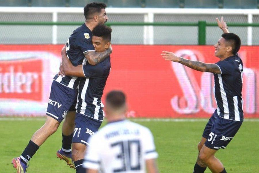Talleres venció por penales a Vélez y se clasificó a octavos