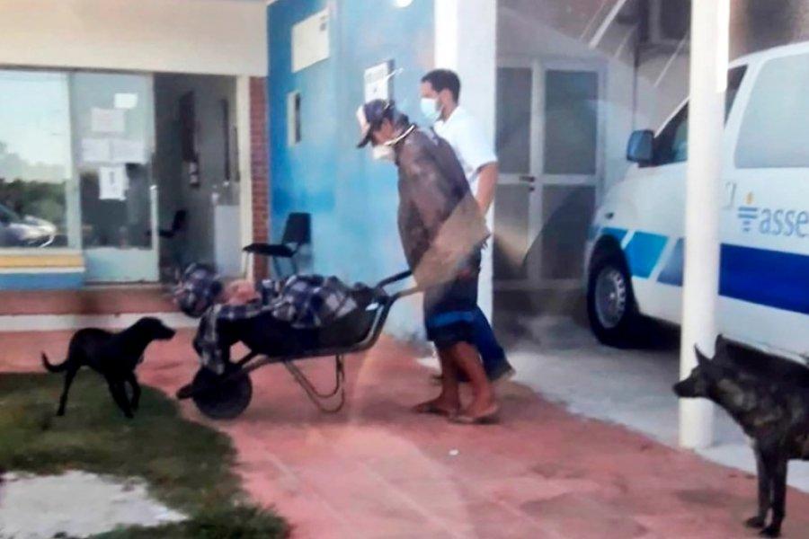 Coronavirus: Un paciente murió luego de ser trasladado en carretilla