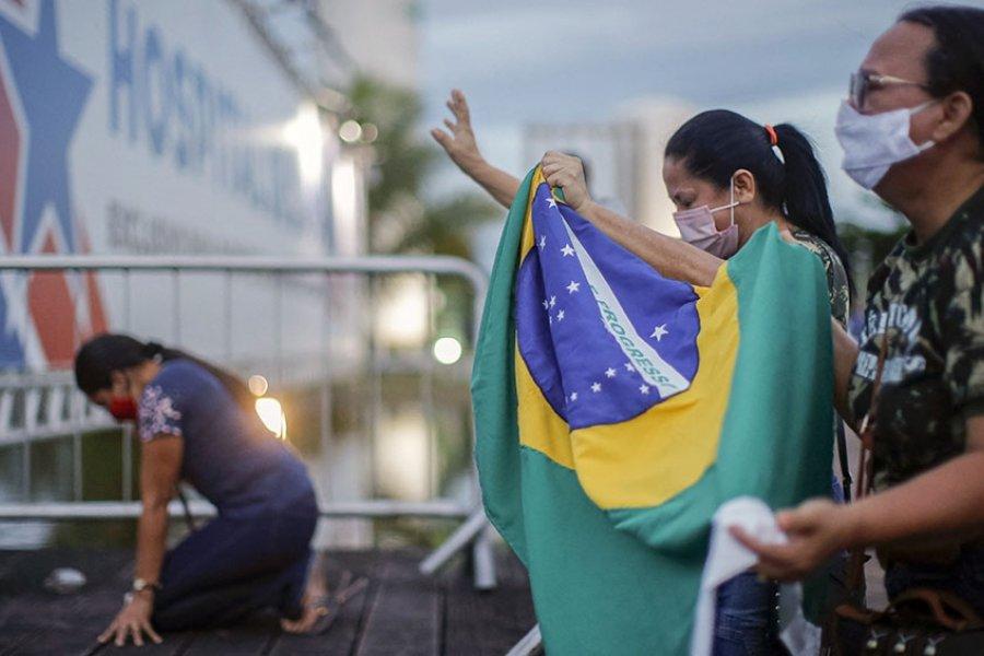Brasil registra casi 72.000 casos de coronavirus y más de 2.600 muertes en 24 horas
