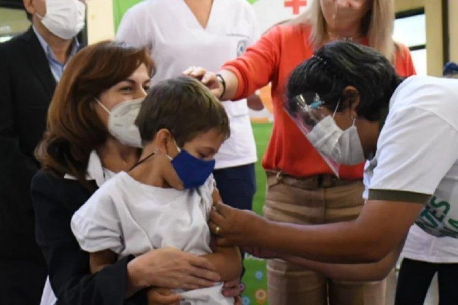 Comenzó la campaña de vacunación en escuelas de Corrientes