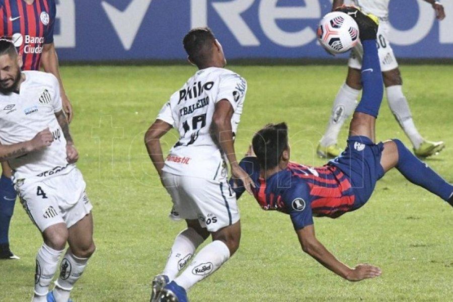 San Lorenzo quedó lejos del milagro y Santos será rival de Boca
