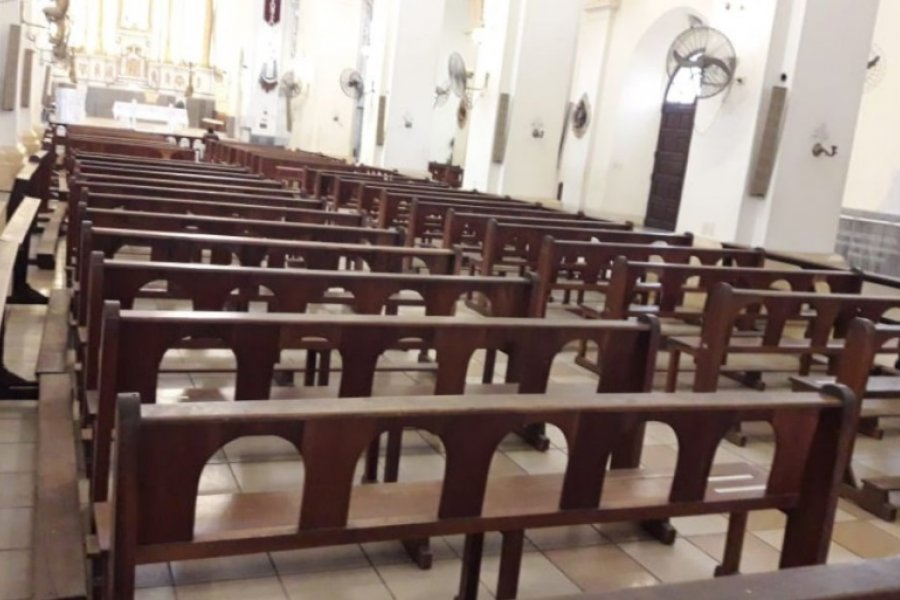 Restricciones para la participación en celebraciones religiosas de Capital