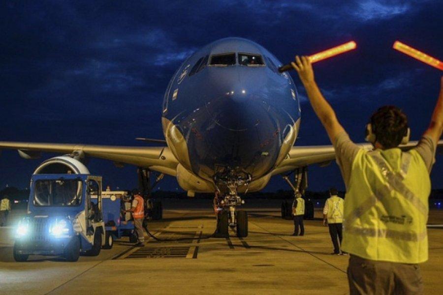 Partió a Moscú el vuelo número 12 de Aerolíneas para traer más vacunas
