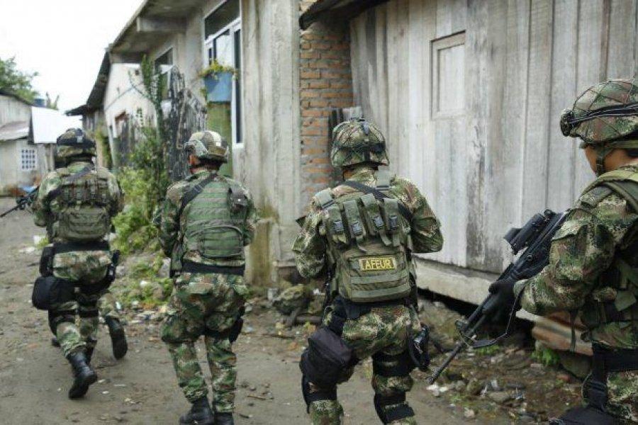 Colombia: 15 muertos en choques entre el ejército y guerrilleros