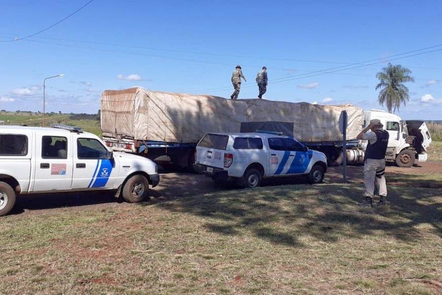 Decomisaron 40 toneladas de soja y maíz ilegal en Garruchos