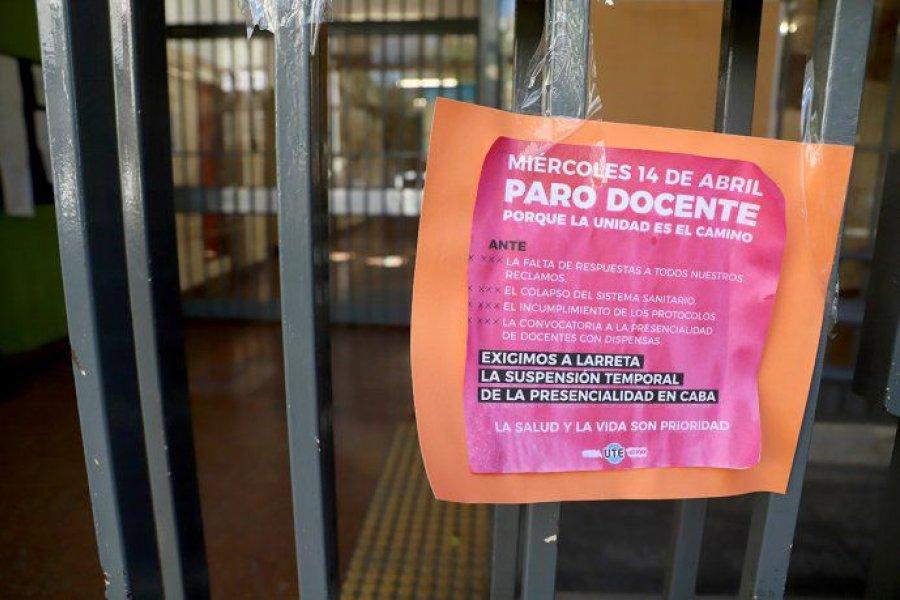 """Tras jornada de """"alto acatamiento"""", docentes mantienen el paro en la Ciudad"""