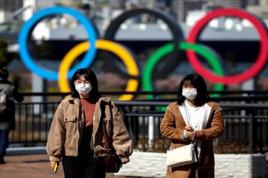 Japón evalúa confinar Tokio y Osaka por el estallido de casos de coronavirus