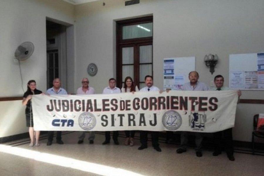 Sin recursos para aumentar salarios a judiciales correntinos