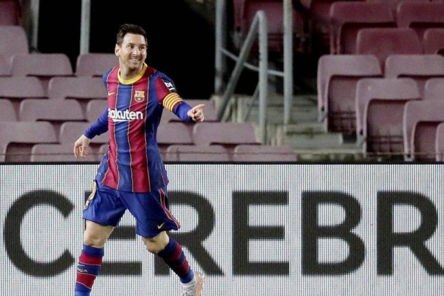 Barcelona goleó a Getafe con un doblete de Messi y sigue en la pelea
