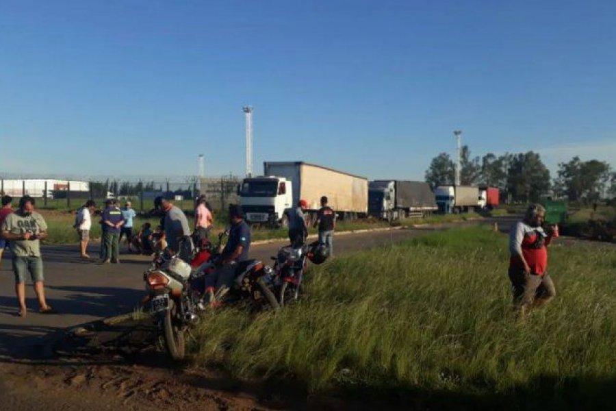 Tensión en la frontera: bloquean el cruce de camiones en Paso de los Libres