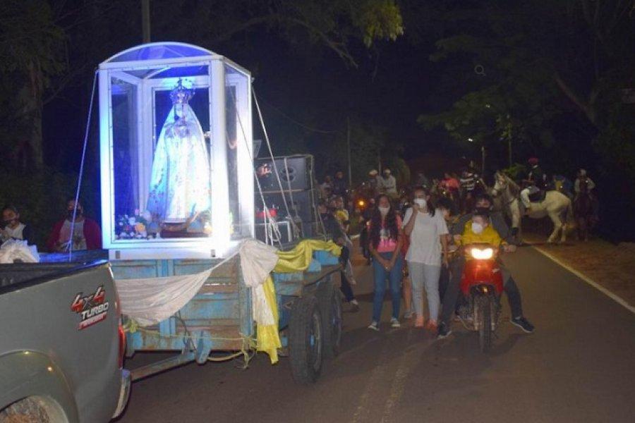 La Virgen de Itatí visitó a San Luis del Palmar y Santa Ana