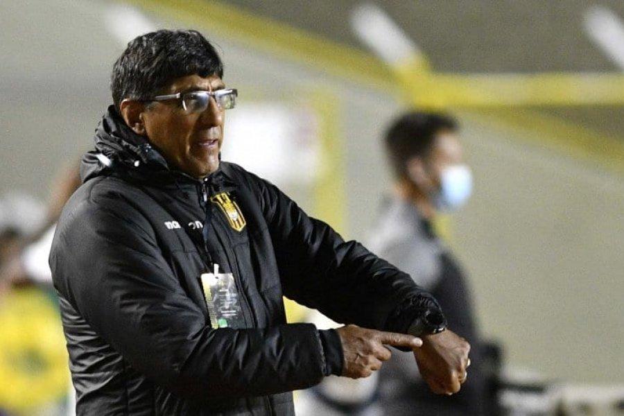 The Strongest se quedó sin técnico tras la derrota ante Boca