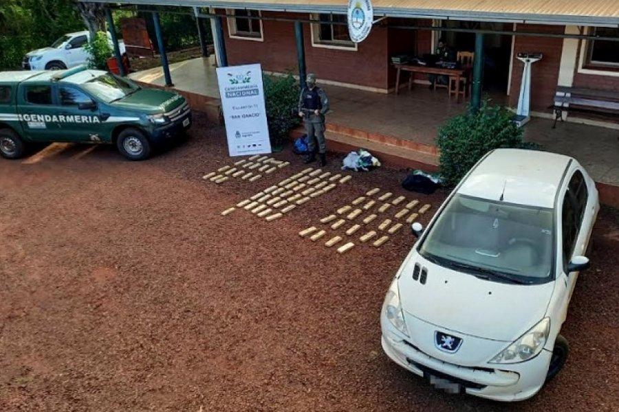 Misiones: Intentó huir con más de 59 kilos de marihuana en su vehículo
