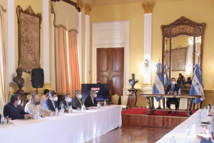 Valdés se reúne con el gabinete