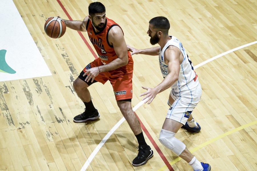 San Martín enfrenta a San Lorenzo en el inicio del cruce semifinalista
